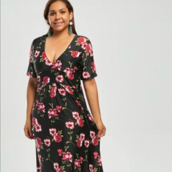 Plus Size Elegant Maxi Bohemian Dress 14W & 18W NWT